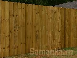 Забор – ограда, глухая или просматриваемая, обычно выше человеческого роста, служащая препятствием для проникновения на территорию