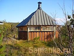 Вальмовая крыша– вид многоскатной шатровой крыши, имеющей треугольные торцевые скаты от конька до карниза, называемые вальмы