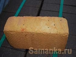 Шамот – разновидность глины, называемой каолин, применяемой как огнеупорный материал