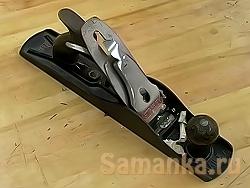 Рубанок – ручной столярный инструмент, служащий для чистовой обработки древесины методом срезания определенного слоя, называемым припуск