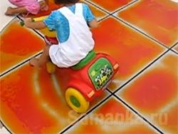 Живая плитка – напольное покрытие, все больше используемое, как отделочный материал, способное изменяться при надавливании на него