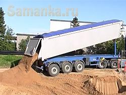 После промывки и очистки карьерный песок ничем не отличается от речного, обуславливая повсеместное применение